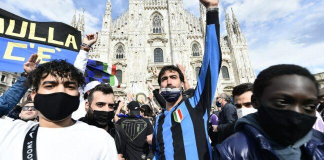 Fanoušci Interu Milán slavili v ulicích